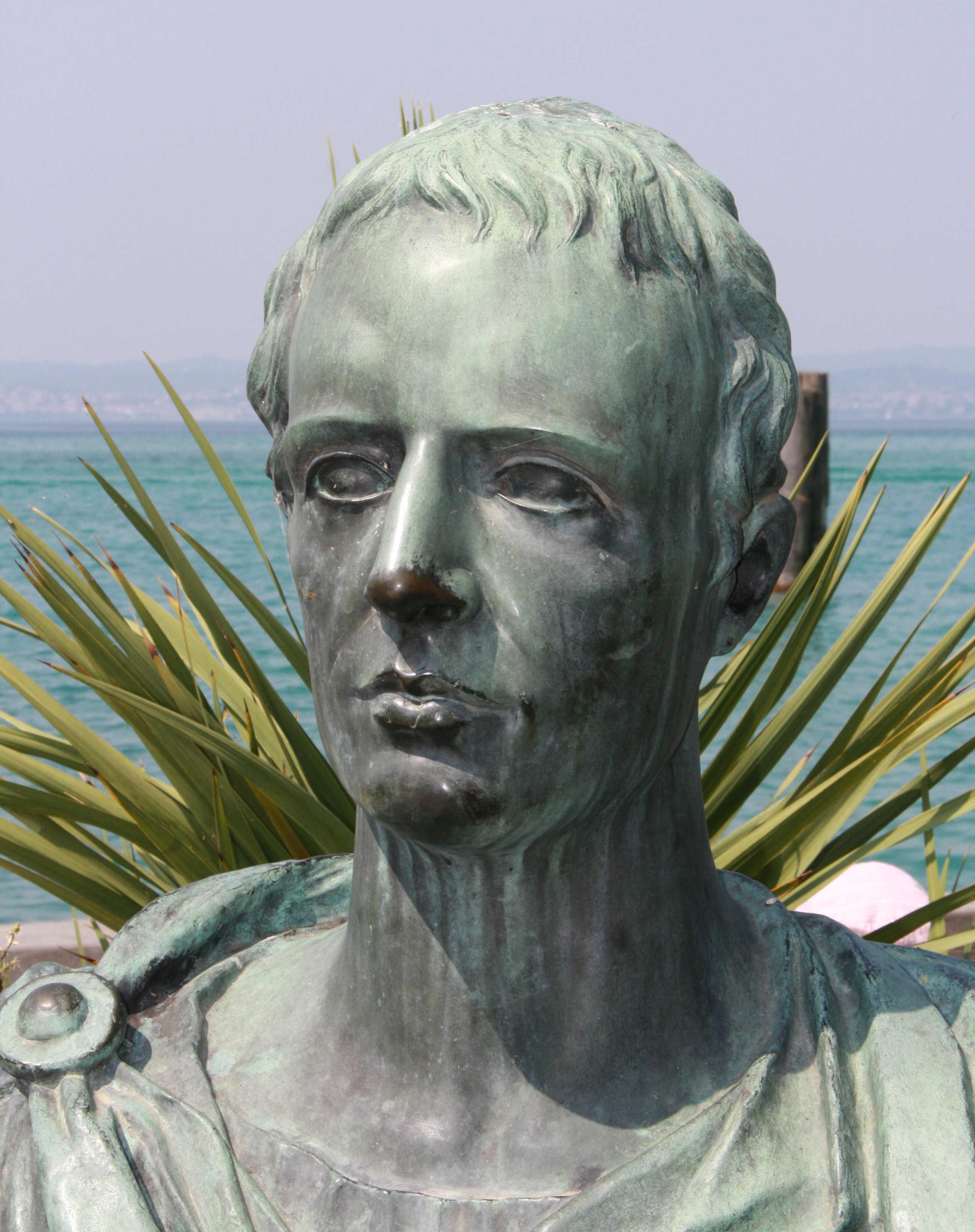 Un poema en latín que nadie se atrevió a traducir en 20 siglos