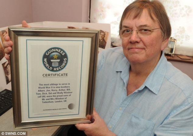 Bob con el certificado