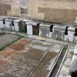 Los peligros de utilizar las letrinas públicas en la antigua Roma