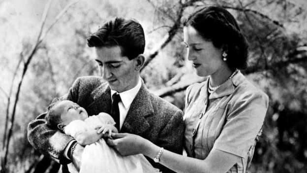 Los reyes de Yugoslavia y el príncipe Alejandro